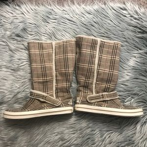 Roxy Plaid Pull On Sneaker Shoes/Boots Size 6